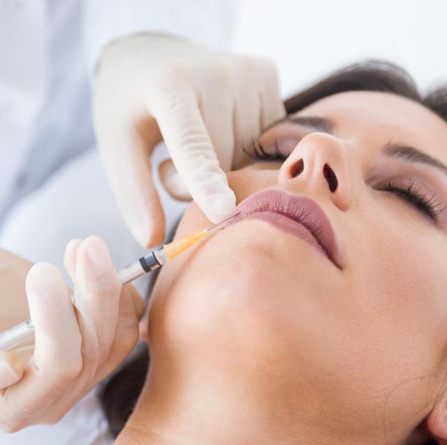 Mejora el aspecto de tu piel desde casa. 3 pasos imprescindibles